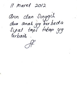 Tulisan dengan kecondongan sangat ke kanan