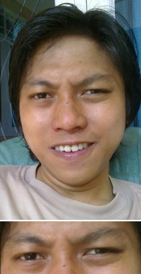 Senyum Mata Menyelidik